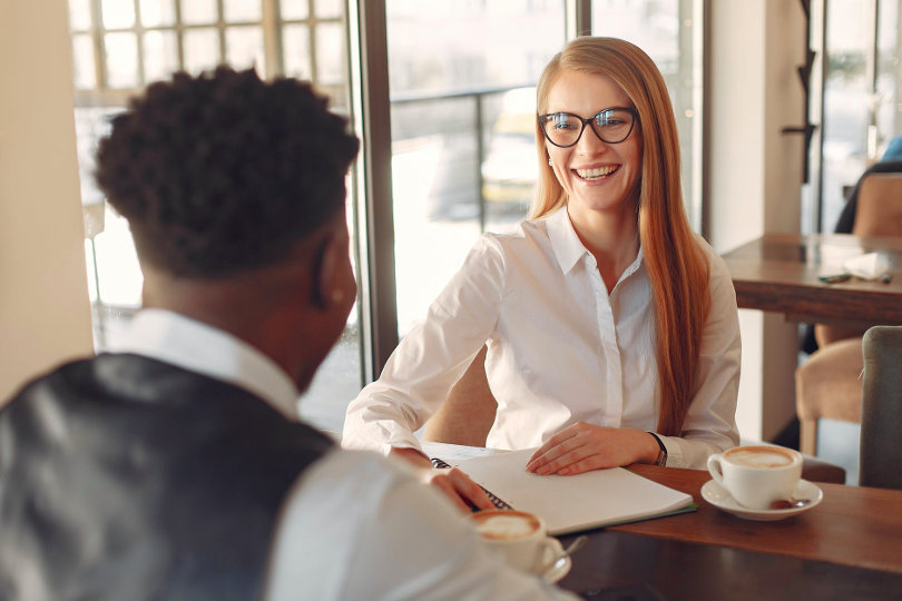 Hiring business workers at an early stage
