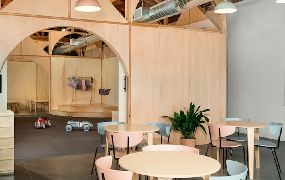 5 changes to implement to make a 'kid-friendly' coworking and receive moms who do home office