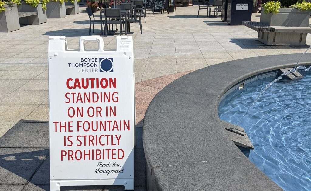"""Make the sign bigger!""   Seth's Blog"
