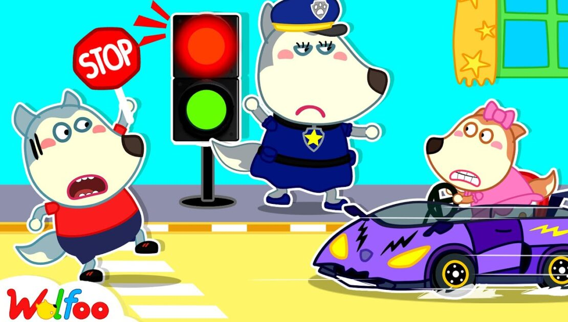 Red Light Stop, Lucy! Don't Drive Too Fast - Wolfoo Learns Safety Tips for Kids | Wolfoo Channel