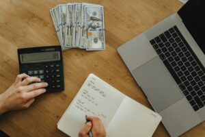 How to accelerate cash flow with robust A / R automation